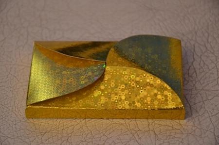 Gevertje, hoog, goud holografisch